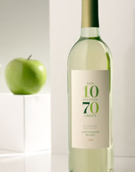 1070 Green Wine Label and Package Design Thumbnail